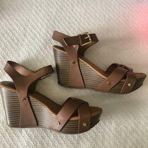 Shoes - cute brown wedges!!!